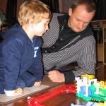 С папой и игрой, которую подарила тётя Алина